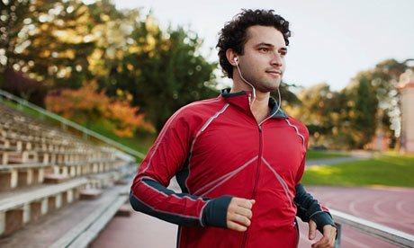 Man-running-while-listeni-010.jpg